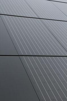 Close up van AER element De Luxe – solorenergy Used Solar Panels, Solar Energy Panels, Solar Energy System, Solar Licht, Solar Roof Tiles, Solar Projects, Energy Projects, Energy Efficient Homes, Solar House