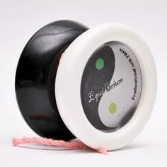 Ioiô Fênix FNX preto+branco 3D / Veja na Casa do Ioiô:  http://casadoioio.com.br/loja/ioio/ioios-free-style/fnx/ioio-fenix-fnx-pretobranco-3d/