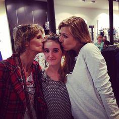 A night with fashion blogger #promodsummer @Virginie Bapaume / Ivy-mag by Vivi LaChipie - Oh la jolie team @Amélie Benicourt @MissGlamazone à... - EnjoyGram