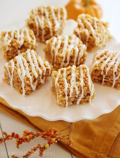 Thanksgiving pumpkin desserts: pumpkin rice crispy treats
