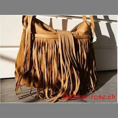 Damenhandtasche in Echtleder Sindy True Tan -Accessoires geschenk Fashion, Fringes, Leather Bag, Get Tan, Woman, Schmuck, Moda, Fashion Styles, Fashion Illustrations