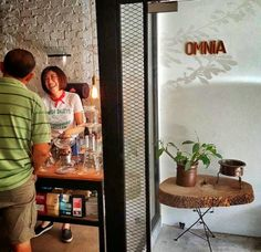 Omnia Cafe – the great all rounder! globalgrasshopper.com