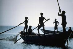 Ian Berry. INDIA. Fishing on Lake Chilka. 1981