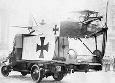 A captured Halberstadt D.I or D.II on display at the Lord Mayor's Show in London, 9 November 1917.