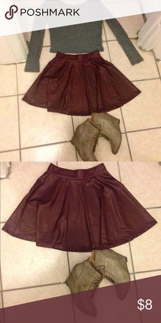 burgundy holiday skirt small worn once super cure for the holidays Skirts Circle & Skater