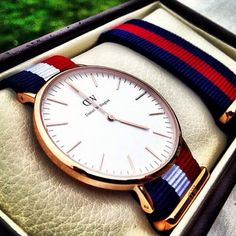 Shop Daniel Wellington watches for men and women at JR Crider's in Dahlonega! Daniel Wellington Classic, Daniel Wellington Watch, Brand Competition, Nato Strap, Watches For Men, Wrist Watches, Men's Watches, Luxury Watches, Men Accessories
