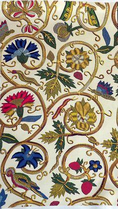 Embroidered Elizabethan Jacket Goldwork Imitation by Bonnie Phantasm, via Flickr