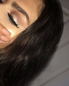 Tb to the invisible liner look, and feelin like a glazed donut bc highlight ����✨  #website #investment #cosmetology #beauty #hair #celebrity #shots #cool #tricksandtips #funny #card #android #mind #magic #smoking #steak #knitting #money #study #camping #packing #kissing #beef #makeup #fidgetspinner #travel #cleaning #breastfeeding #moving #photography http://tipsrazzi.com/ipost/1505578634320520297/?code=BTk48qAF6Rp