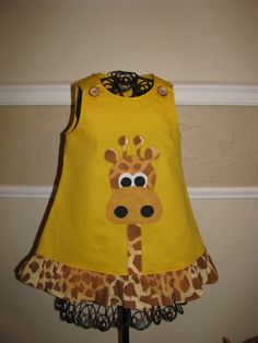 girls dress appliqued with cute giraffe por NanasCraftyCreations Toddler Dress, Toddler Outfits, Baby Dress, Kids Outfits, Little Dresses, Little Girl Dresses, Girls Dresses, Sewing For Kids, Baby Sewing