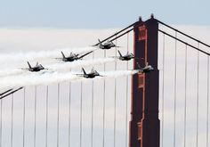 Navy Blue Angels pass in front of the Golden Gate Bridge during a practice session for San Francisco Fleet Week, October How cool is this? I say again, the Blue Angels are AWESOME! Blue Angels Air Show, Us Navy Blue Angels, Military Flights, Fleet Week, Go Navy, National Guard, Military Aircraft, Golden Gate Bridge, Fighter Jets