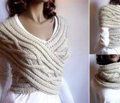 Ce modèle tricoté peut se porter aussi bien en gilet qu'en écharpe!....