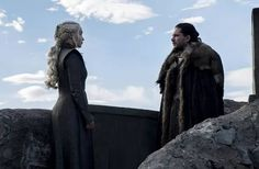 Game of Thrones (Daenerys Targaryen, Jon Snow) Jon E Daenerys, Game Of Throne Daenerys, Lord Knight, Game Of Thrones Movie, Deanerys Targaryen, The Mother Of Dragons, Tv Show Games, Royal Guard, Kit Harington