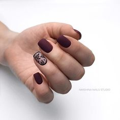 Stylish Nails, Trendy Nails, Cute Nails, Nail Paint Shades, Dark Red Nails, Purple Nail Art, Work Nails, Nail Art For Beginners, Minimalist Nails