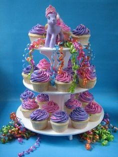 My Little Pony Cupcake Ideas | vanilla cupcakes for a childs party. they didnt want to spend a lot ...