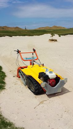 Beach Cleaner Working In Sand Bunker Clean Machine Cleaning