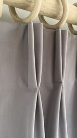 How to make Double Pleat Curtains Tutorial by SewHelpful. http://www.sew-helpful.com/curtain-lined-double-pleat-index.php