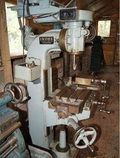 MILLING MACHINE. INDEX 40
