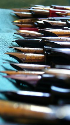 fountain pens. #reading, #books, #writing