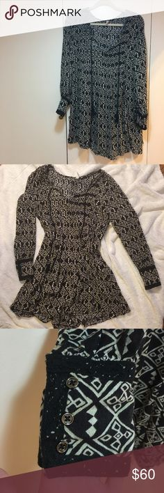 Classic Free People Tunic Dress/Shirt Size small, could fit a medium as well due to the oversized fit. Minimal fraying on the neckline, but that's just due to the raw edge the tunic came with :) ⭐️Make me an offer⭐️ Free People Dresses Mini