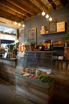 Pizza restaurant but maybe ideas for use of wood?: - Pizza restaurant but maybe ideas for use of wood? Cafe Bar, Cafe Shop, Rustic Coffee Shop, Coffee Shop Design, Coffee Shop Interior Design, Interior Shop, Bakery Interior Design, Coffee Shop Interiors, Juice Bar Interior