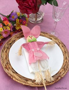10 #DIY #Easter Table Settings on a budget from Dollar General and @nestforless.