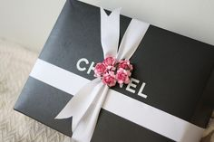 There's nothing better than flowers with CHANEL!