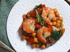 Crevettes grillées ail et feta Fish And Seafood, Chana Masala, Feta, Shrimp, Salads, Bbq, Meals, Sea Food, Vinaigrette