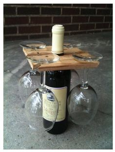 Simple wood wine board