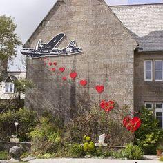 Installation by @splinteredstudios in Bristol - http://globalstreetart.com/stephen-quick