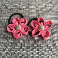 Pink Floral hair elastics Wanna some decorations on your ponytails? Try this floral elastic! Accessories Hair Accessories