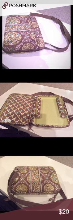 Vera Bradley tablet/Ebook case Crossbody. B1G1 Super cute and in gently used condition with tons of use left in it.  It is a hard shell case. Vera Bradley Accessories Tablet Cases