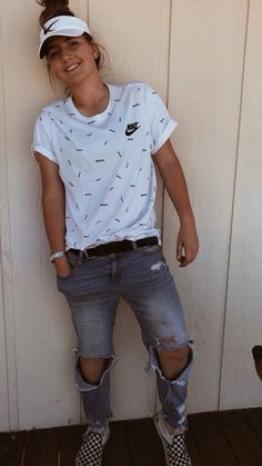 Feb 2020 - You are in the right place about tomboy outfits kids Here we offer you the most beautiful pictures about the tomboy outfits Lesbian Outfits, Gay Outfit, Chic Outfits, Trendy Outfits, Kids Outfits, Fashion Outfits, Boyish Outfits, Summer Tomboy Outfits, Teacher Outfits