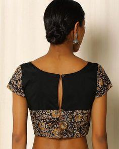Buy Black Indie Picks Kalamkari Print Cotton Blouse Kalamkari Blouse Designs, Cotton Saree Blouse Designs, Bridal Blouse Designs, Simple Blouse Designs, Stylish Blouse Design, Kurta Neck Design, Designer Blouse Patterns, India, Chiffon Blouses