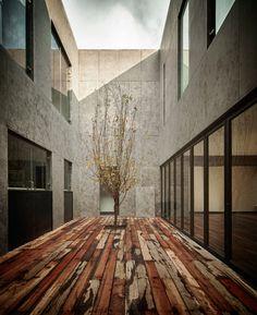 Casa_cumbres_taller_hector_barroso_designboom11 · House ...