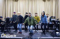 "[Interview/Trans] [STARCAST] ""First time to see an ensemble?""… BTS in the New World of concert Jimin, Jungkook Jeon, Kim Namjoon, Bts Bangtan Boy, Rapmon, Seokjin, Foto Bts, Bts Photo, Jung Hoseok"