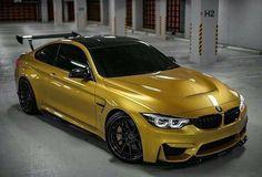 BMW F82 M4 yellow wing