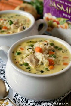 Creamy Chicken and Rice Soup - Cooks up in minutes - perfect for a busy weeknight dinner!