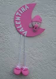 Resultado de imagen de nombres en goma eva Rakhi Design, Felt Name Banner, Pink Day, Baby Shawer, Welcome Baby, Diy Frame, Newborn Pictures, Baby Crafts, Diy Craft Projects