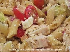 Life of a Foodie and Her Family: Greek Chicken Pasta Salad Chicken Pasta Recipes, Pork Recipes, Mexican Food Recipes, Salad Recipes, Dinner Recipes, Ethnic Recipes, Salad Chicken, Yummy Recipes, Slow Cooker Chicken