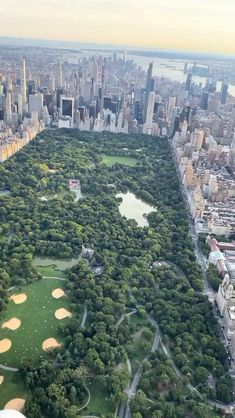 Beautiful Photos Of Nature, Beautiful Landscapes, New York Sunset, Central Park Nyc, New York City Travel, Concrete Jungle, Street Photography, City Photo, Around The Worlds