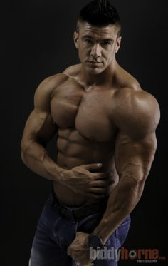 Jaco De Bruyn - WBFF Pro and international Fitness Personality. Shot by Biddy Horne Photography. www.biddyhorne.com