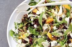28 februari - Rucolaslamelange in de bonus - Frisse sinaasappel en pittige blauwaderkaas in één salade - Recept venkelsalade - Allerhande