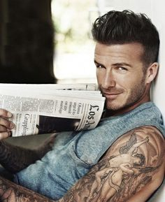 David Beckham.  Quien fuera periódico, para tocar esa boca