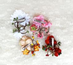 flower hair clips gift set daisy flower hair clip by thehoneycomb