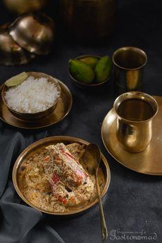 Gondhoraj Chingri (Prawns in Cream and Gondhoraj Lebu) Bengali Fish Recipes, Prawn Recipes, Veg Recipes, Curry Recipes, Seafood Recipes, Vegetarian Recipes, Cooking Recipes, Recipies, Bangladeshi Food