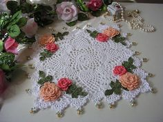 Made to order set of 2 doilies di KroneCrochet su Etsy