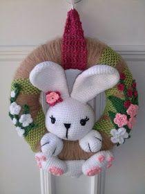 Mesmerizing Crochet an Amigurumi Rabbit Ideas. Lovely Crochet an Amigurumi Rabbit Ideas. Crochet Christmas Ornaments, Holiday Crochet, Easter Crochet, Crochet Wreath, Crochet Rings, Crochet Rabbit, Diy Ostern, Easter Wreaths, Crochet Dolls