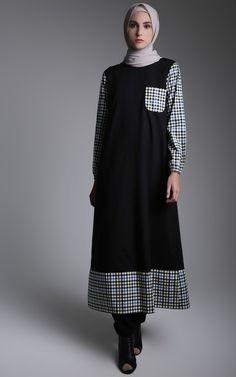 Dress - ICHA RIZKA - Tania Combine Dress Abaya Fashion, Kimono Fashion, Modest Fashion, Fashion Dresses, Model Baju Hijab, Simple Long Dress, Moslem Fashion, Hijab Style, Muslim Dress
