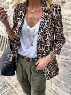 Nine Points Sleeve Leopard Notched Lapel Casual Blazer Leopard Print Outfits, Leopard Blazer, Leopard Fashion, Leopard Print Jacket, Leopard Clothes, Leopard Coat, Cardigan Fashion, Blazer Fashion, Fashion Outfits