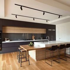 20+ Innovative Black White Wood Kitchens Design Ideas - Trendecora